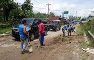 Jalan menuju Lembah Harau butuh kepedulian Pemerintah agar kemacetan tidak mengganggu masyarakat.