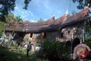 Empat Jenis Adat di Minangkabau ( ADAT ISTIADAT MINANGKABAU )