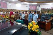 Sidang Paripurna DPRD Kota Padang, Tetapkan Lima Orang PAW