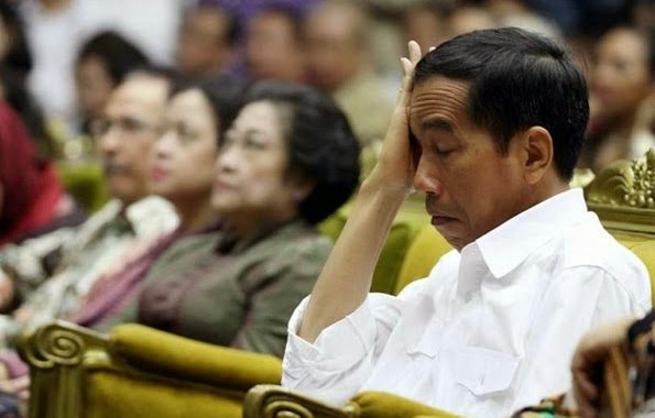 Hersubeno Arief : Jokowi di Ambang Kekalahan